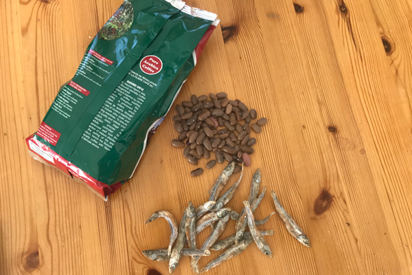 Gaca - a pack of coffee and some dried fish